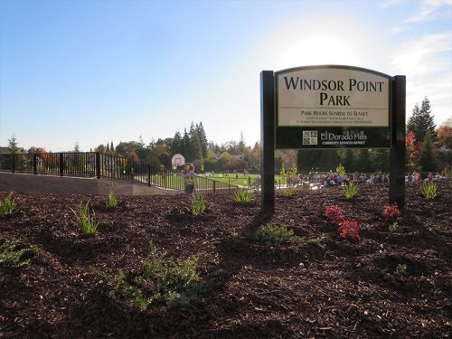 a image of a park sign that reads Windsor Point Park